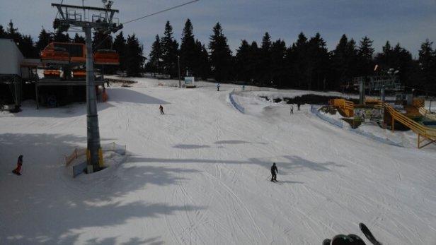 Zieleniec Ski Arena - Jak na tą porę to warunki super. Zwłaszcza do 13-14. - © Greg
