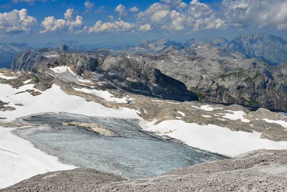Die letzten Schnee- und Eisfelder am Hochkünig - © Norbert Eisele-Hein