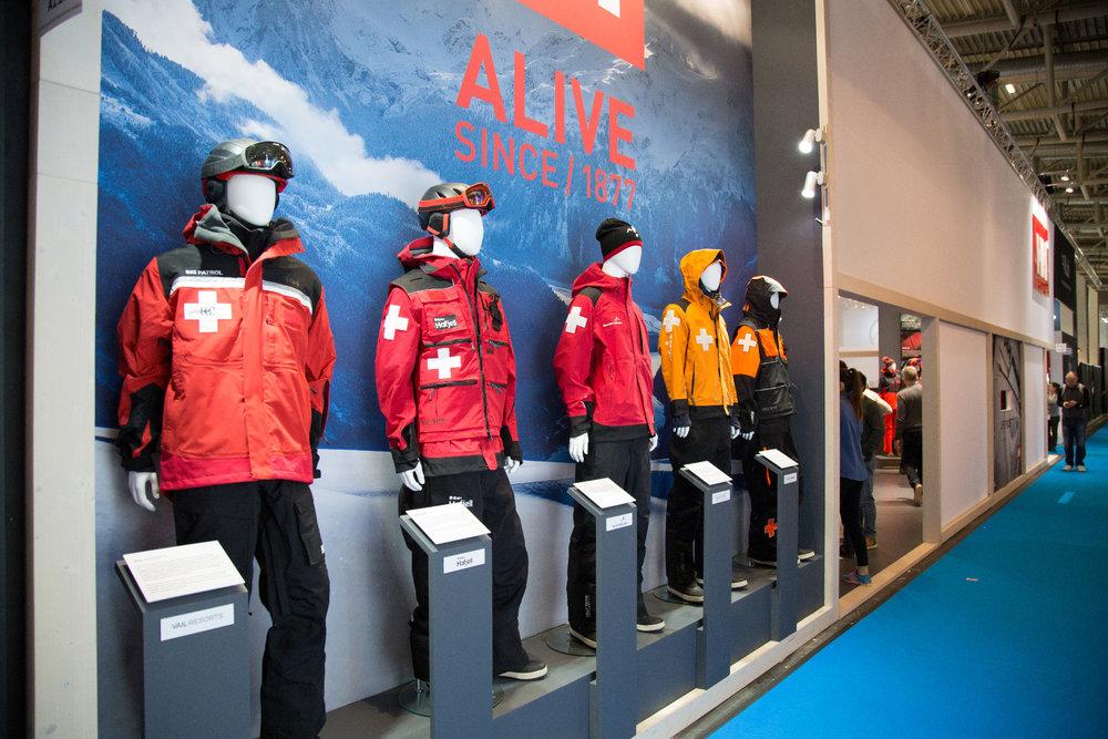 HElly Hansen dodává zimní oblečení do mnohých lyžařských středisek a  lyžařským patrolám - © Skiinfo d8868d7dc8