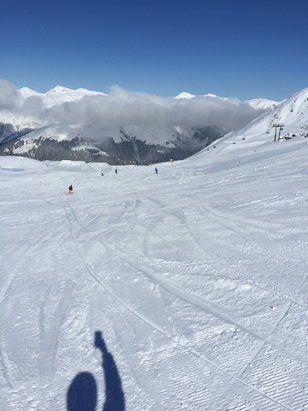 Davos Klosters - Amazing conditions for this time of year, only 7 runs open, but worth the visit  - © KARL HOWKINS's iPhone