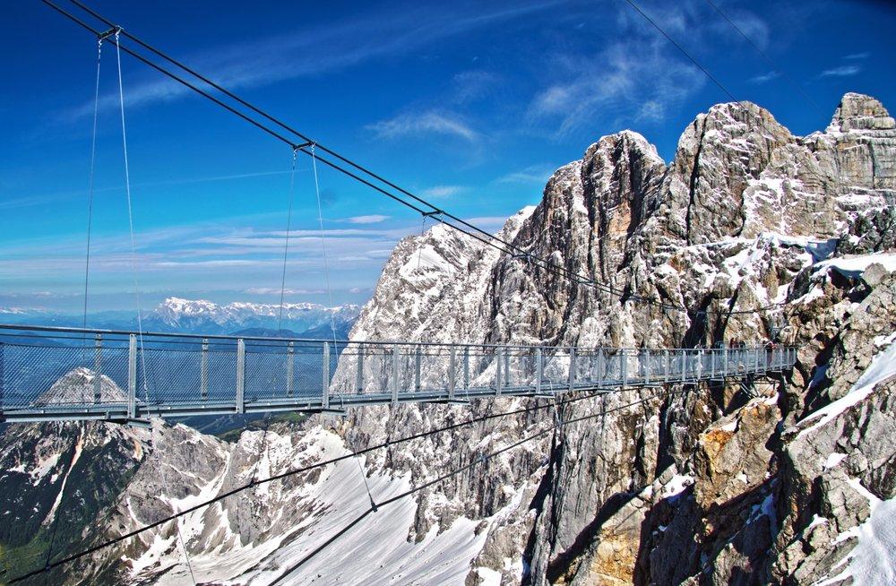 Dachstein - visutý most je atrakcia pre odvážnych turistov. Trúfli by ste si? - © Schladming-Dachstein