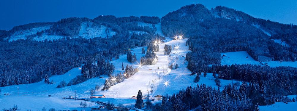 Flutlichtfahren im Skigebiet Alpspitz Nesselwang - © Nesselwang Marketing GmbH