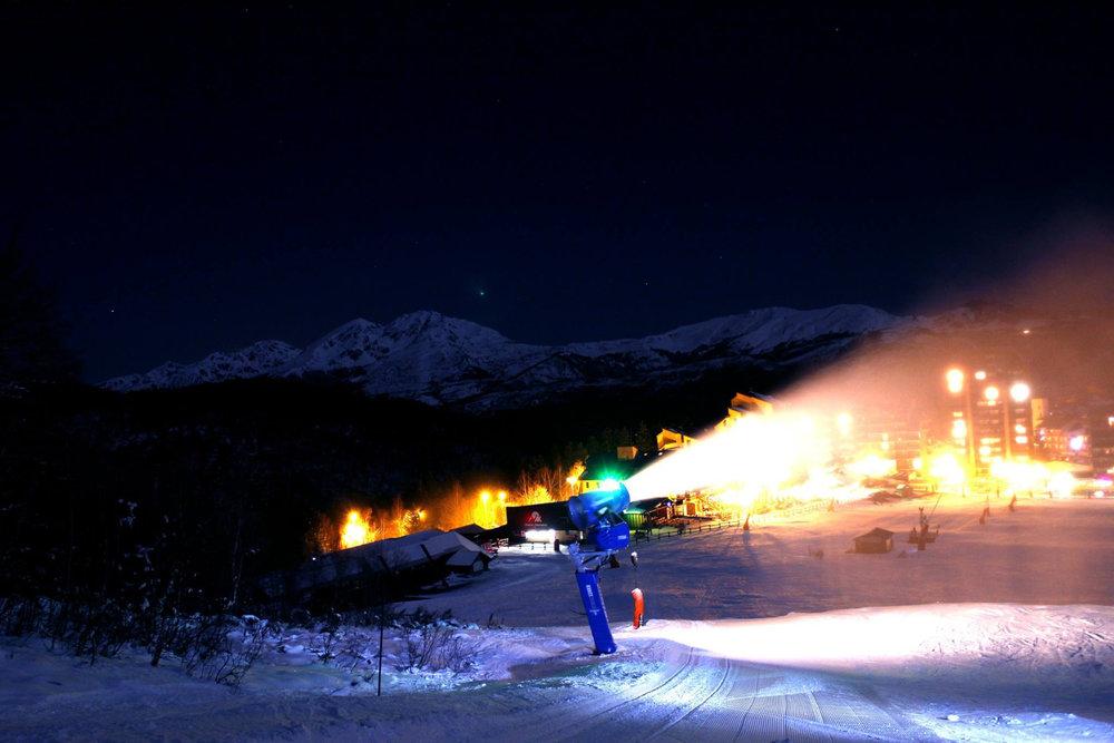 Production de neige de culture sur le domaine skiable d'Ax 3 Domaines - © Station d'Ax 3 Domaines