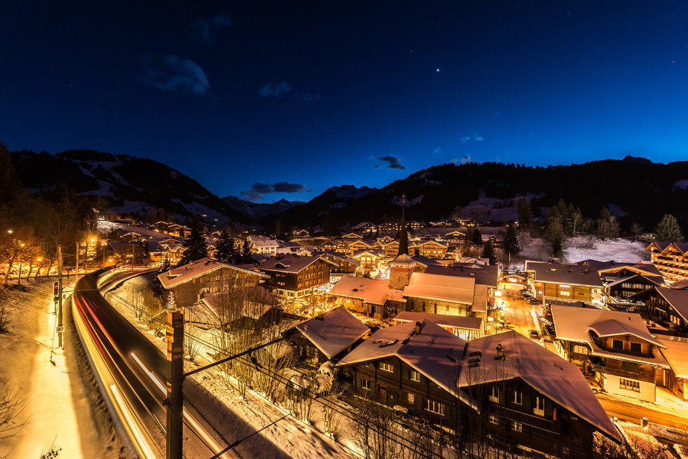 Gstaad bei Nacht - © Gstaad Marketing GmbH