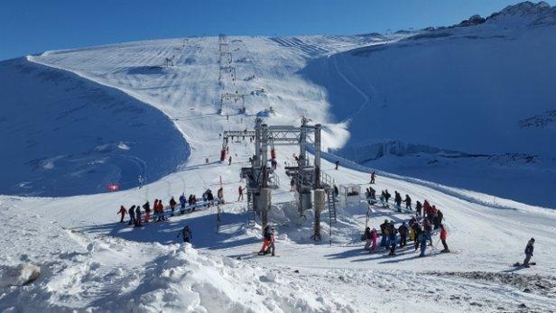 Les 2 Alpes - Top conditions et bien moins de vent qu'hier. - © StephGG