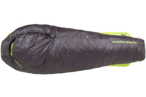 Big Agnes Thunderhead SL 30 sleeping bag: $249.95 to $269.95 When the weather turns nasty, slink into the Thunderhead SL 30 sleeping bag from Big Agnes. This zipplerless offering relies on a clip and loop system to keep you warm and cozy and a vaulted foot box for maximum toe wiggling efficiency. The Thunderhead uses 650 fill power DownTek.