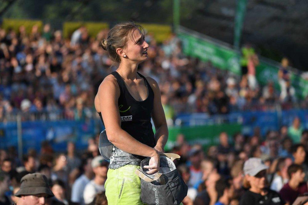 Monika Retschy schaffte als 31. bei ihrem Heimweltcup den Sprung ins Halbfinale nicht - © DAV / NIls Noell