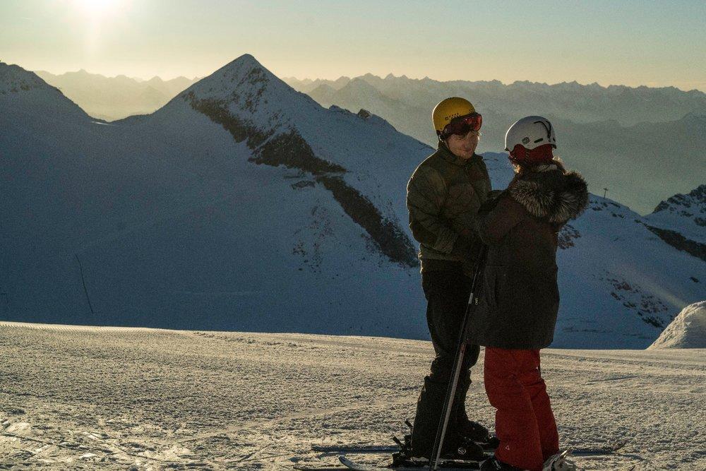 """Kulisy kręcenia na lodowcu Hintertux teledysku """"Perfect"""" Eda Sheerana - © Dan Curwin"""