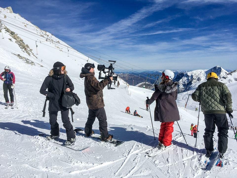"Kulisy kręcenia na lodowcu Hintertux teledysku ""Perfect"" Eda Sheerana - © Bezi Freinademetz"