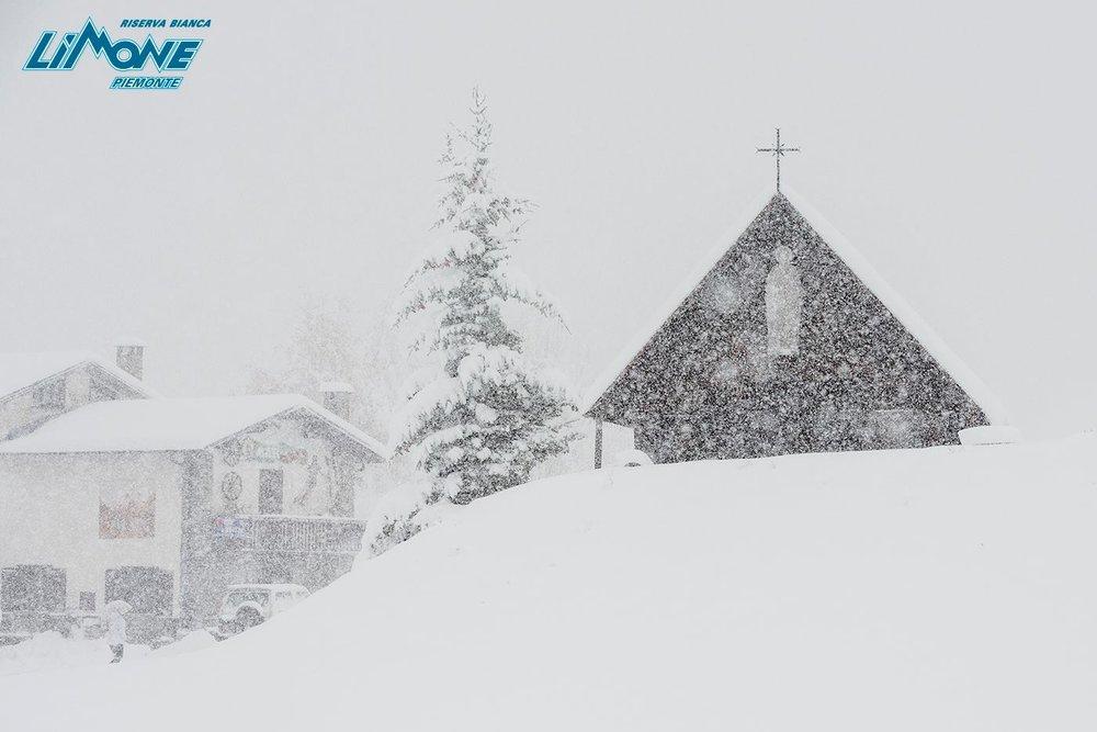 Dichtes Schneetreiben im Piemont - © Limone Riserva Bianca Facebook