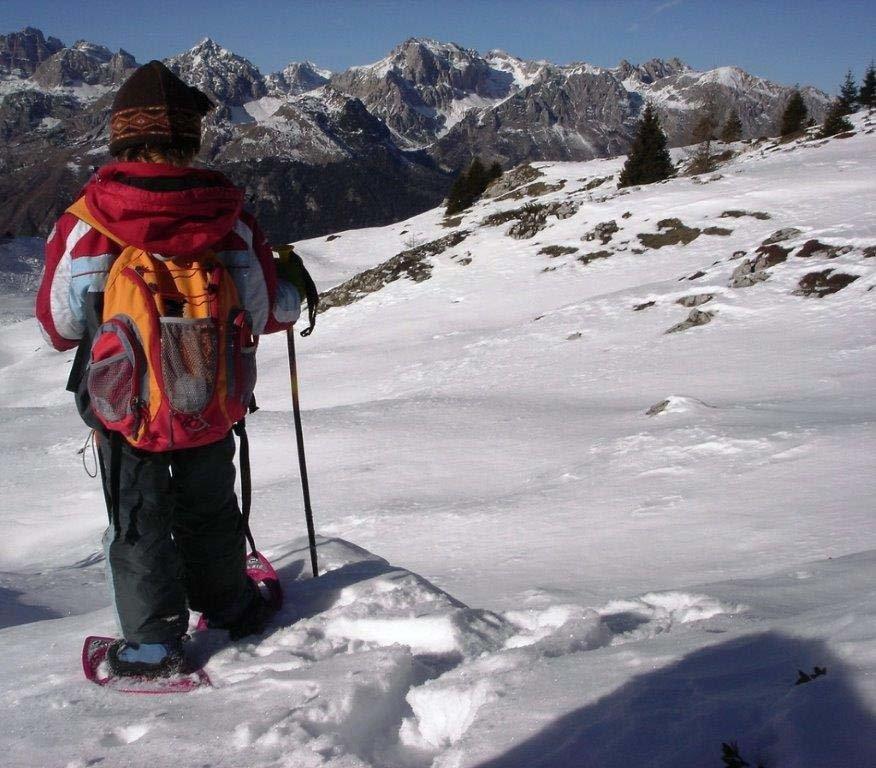 Escursione con le ciaspole - Paganella (Trentino) - © Ph: S. Elmi per Visitdolomitipaganella.it