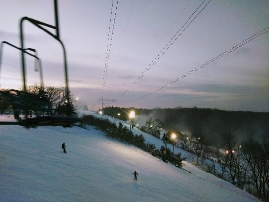 Afton Alps - The snow last night made for great conditions. Chair 2 now also open. - © anonymous