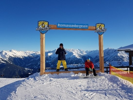Mayrhofen - Best Christmas snow for years - © anonymous