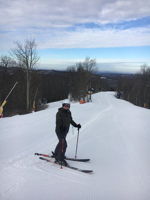 Winterplace Ski Resort - Overall good December skiing today; fresh snow mixed with manmade snow. 3 of 4 black diamonds open.  - © TKVT