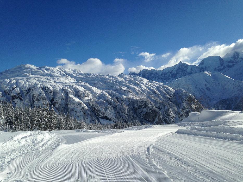 Ski alpin, ski nordique, raquettes à neige... Passy Plaine JOux est un véritable camp de base pour tous les amoureux de la montagne - © OT de Passy