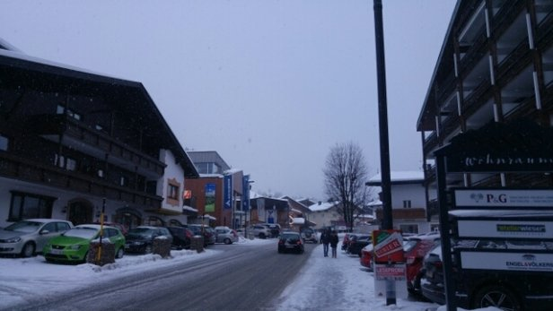 Ellmau - SkiWelt - town level snow. - © anonymous