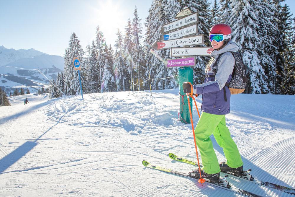 Sur les pistes de ski des Portes du Mont-Blanc entre Combloux et Megève - © Office de Tousrisme de Combloux