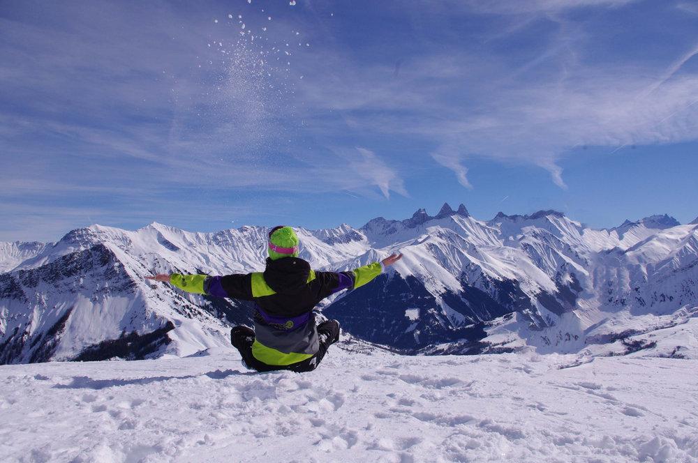 Panorama grandiose depuis le domaine skiable de Saint Jean d'Arves - © Office de Tourisme de Saint Jean d'Arves - Les Sybelles