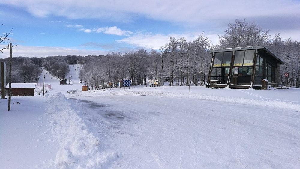 Départ des remontées mécaniques de Prat Peyrot - © Station de ski du mont Aigoual, Prat Peyrot