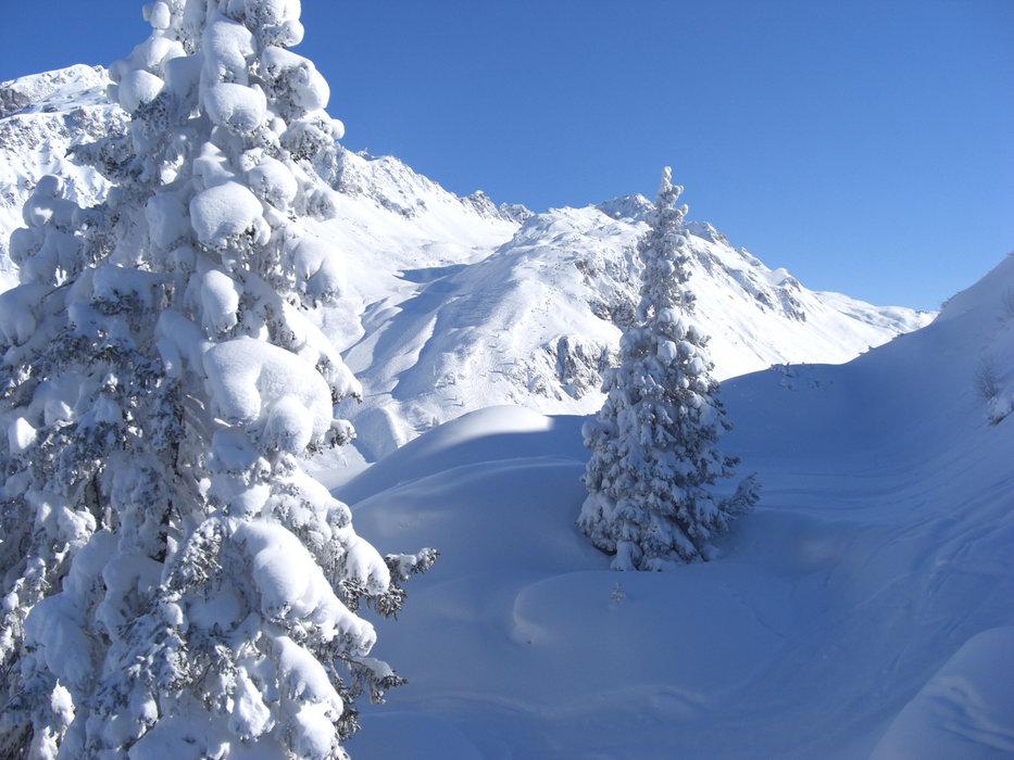 Verschneites Stuben am Arlberg - © Franzjosef Mathies