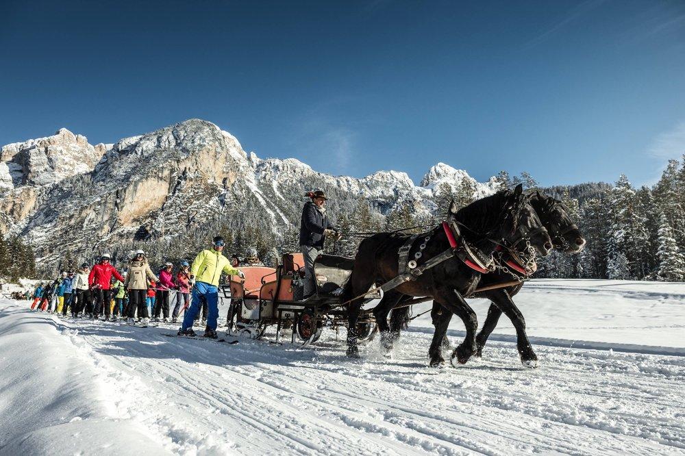 Wyciąg konny w Alta Badia - © IDM Alto Adige