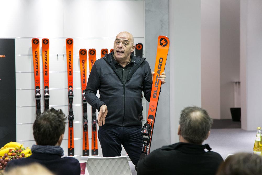 Wie immer engagiert bei der Vorstellung der neuen Blizzard-Produkte: Tom Rakuscha - © Skiinfo | Sebastian Lindemeyer