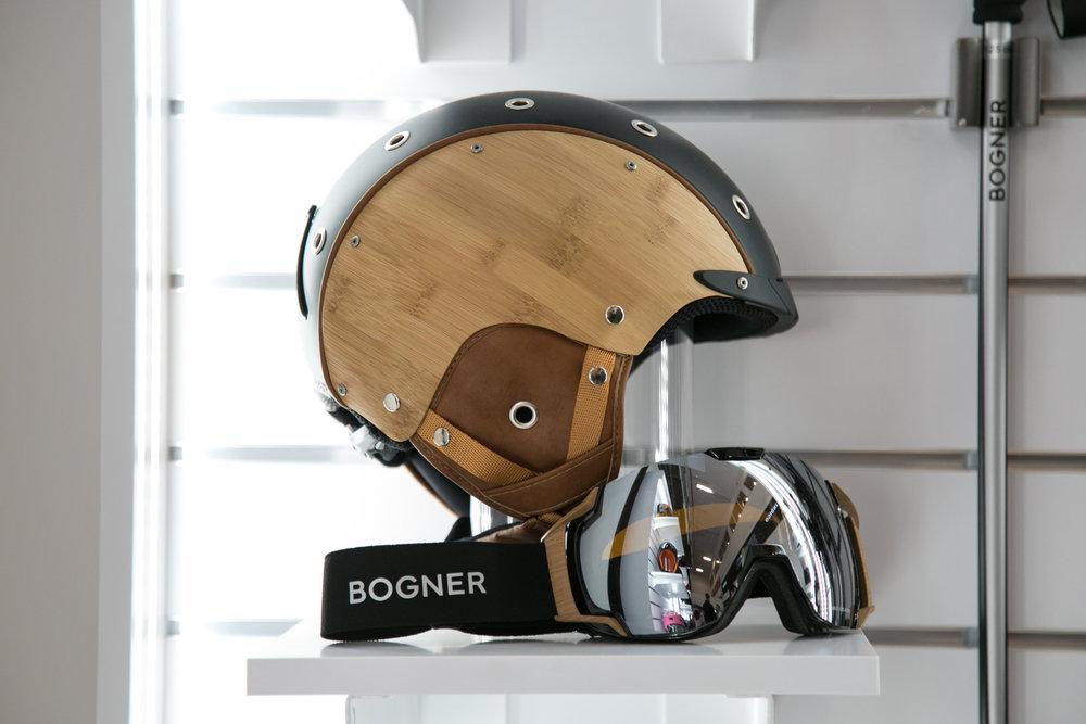 Ušľachtilý vzhľad prilby a okuliarov od značky Bogner - © Skiinfo | Sebastian Lindemeyer