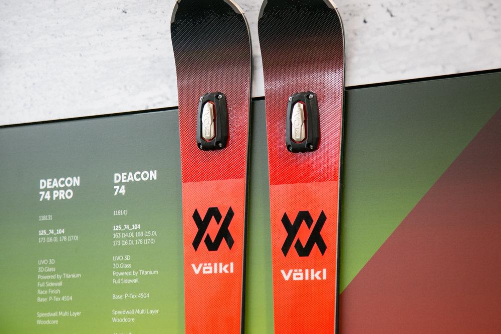 Der Völkl Deacon ist mit dem neuen UVO 3D ausgestattet - © Skiinfo | Sebastian Lindemeyer