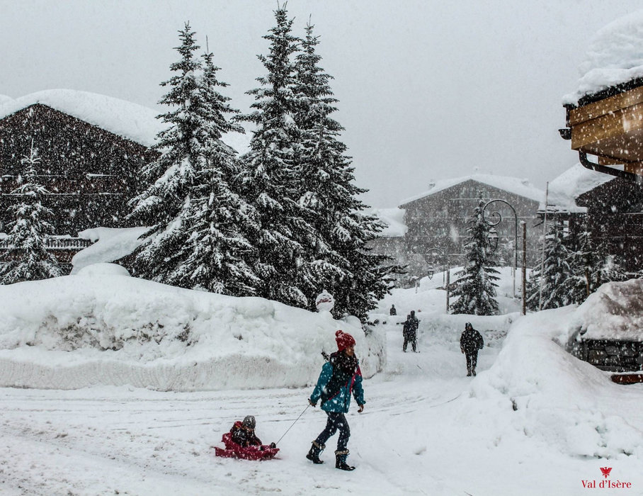 Val d'Isere offers reliable snowfall and a long season - © OT de Val d'Isère