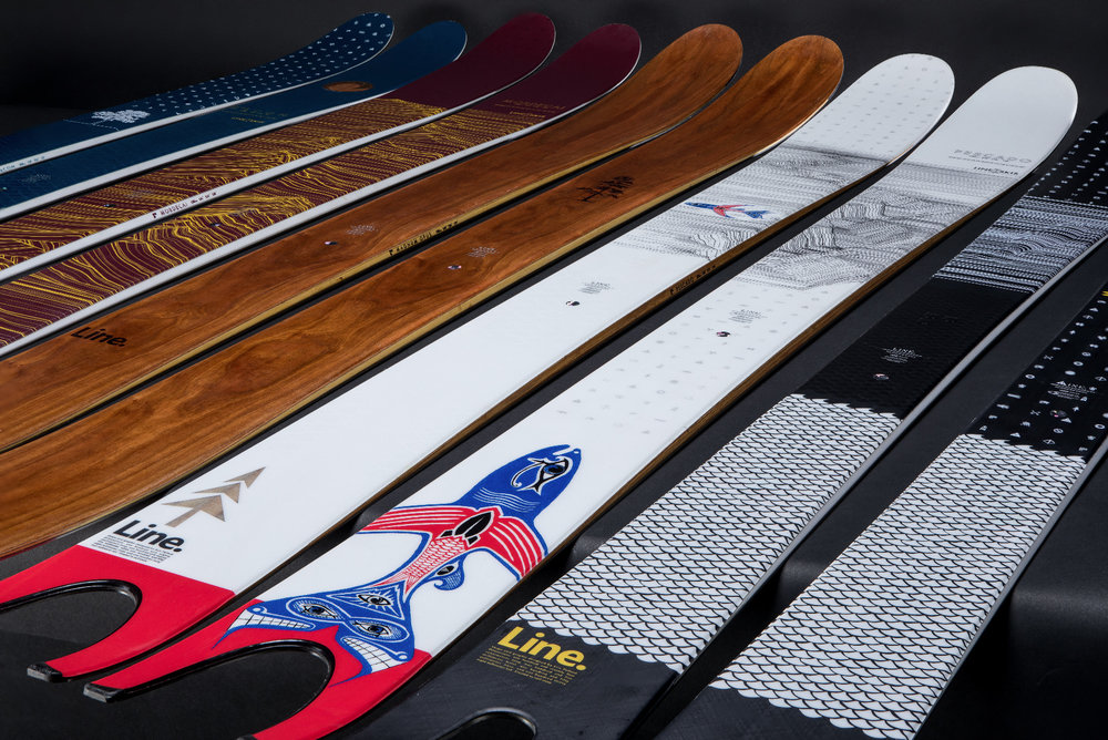 Sehr stylische Optik: Line Ski 2018/2019 - © LINE Skis