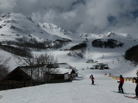 Ovindoli - giornata ottima pochissima gente neve ottima sopra un po sfatta nel canalone il sole c' - © Gian Marco