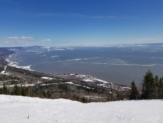 Le Massif - Best place in QC to ride on a blue bird day - © Davies