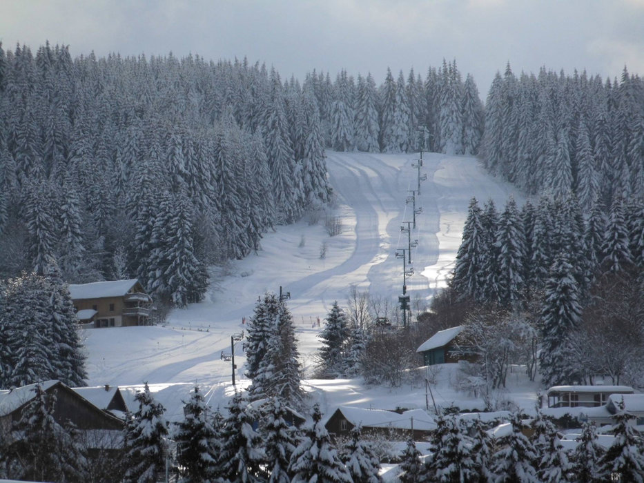 Ambiance hivernale au Poli - © Domaine skiable du Poli