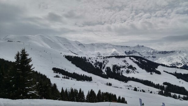 Megeve - Lots of snow, but its wet under the sun.  - © I.