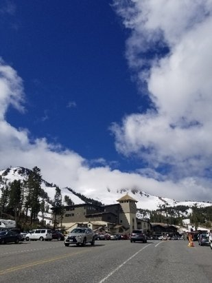 Mammoth Mountain Ski Area - Spring skiing at its finest!  - © anonymous