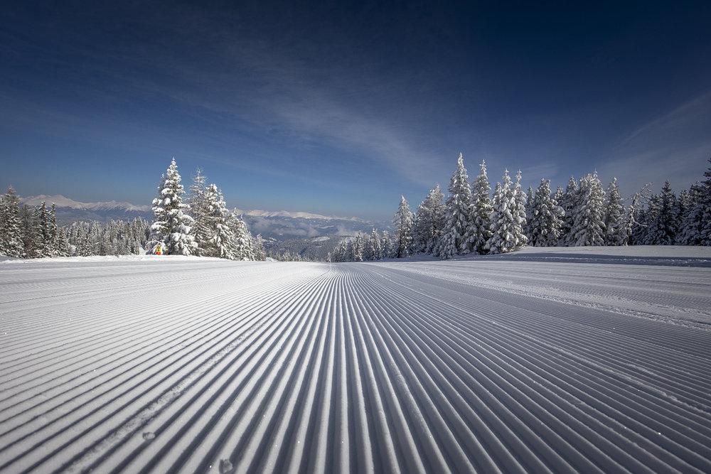 Präparierte Piste im Skigebiet Grebenzen - © Ikarus.cc | www.grebenzen.at
