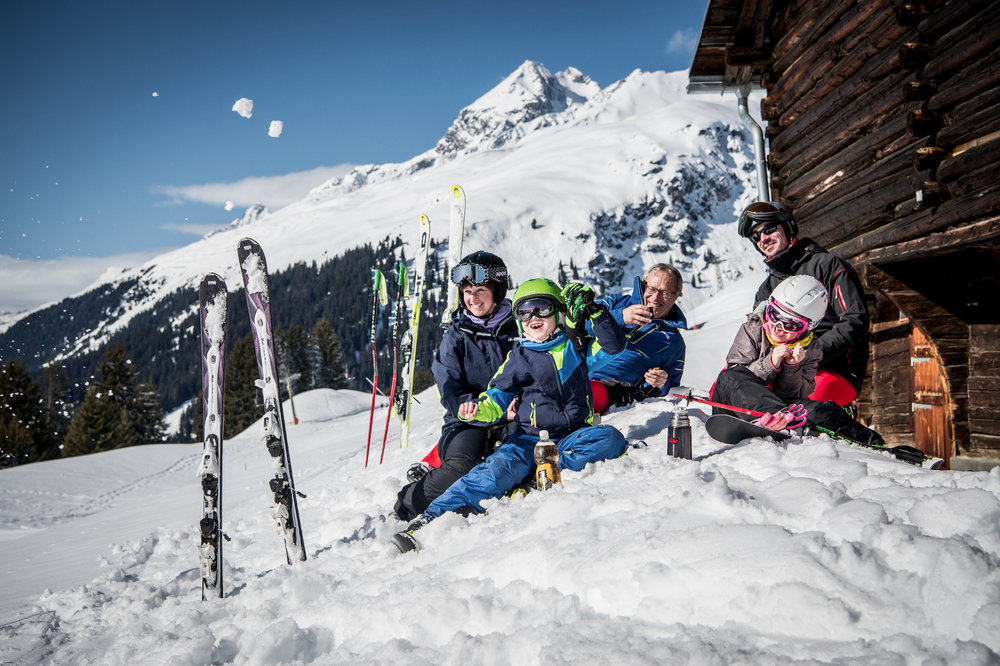 Familienspaß in Brigels - © Surselva Tourismus AG