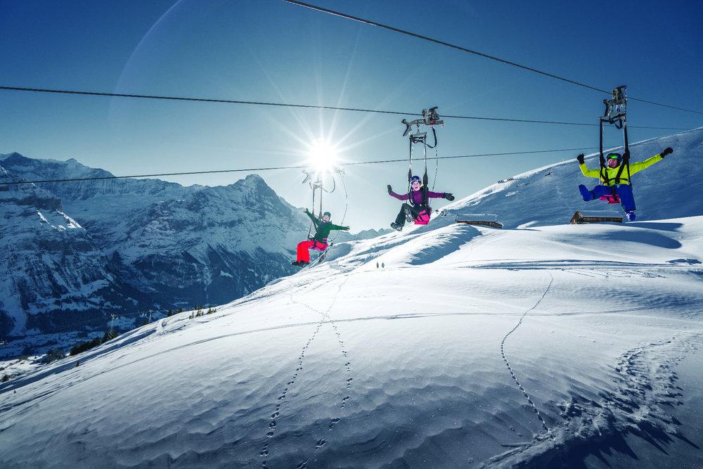Der First Flieger ist im Sommer wie im Winter geöffnet - © Jungfrau Region