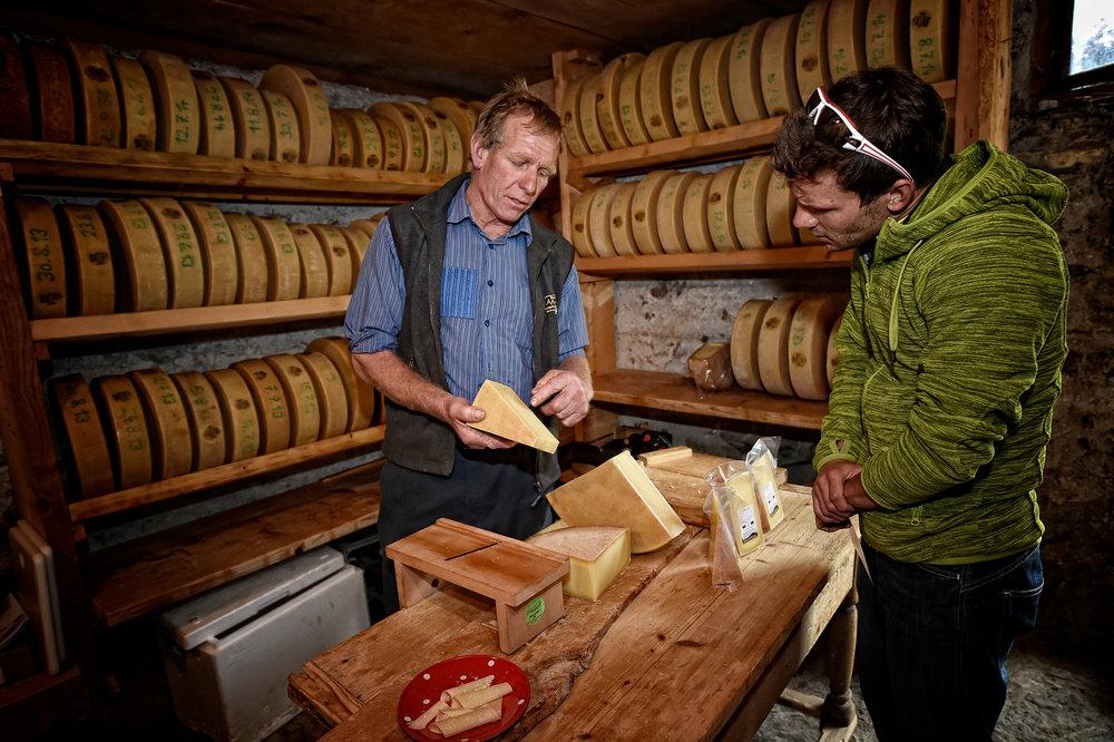 Impossible de repartir de Gstaad sans rapporter de savoureux produits du terroir... - © Gstaad Saanenland Tourismus