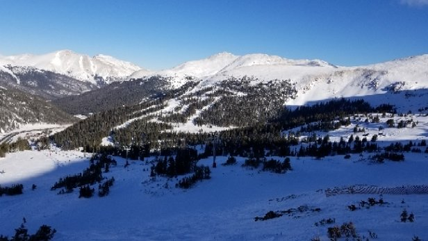 Loveland - great snow. not overly crowded. variety  of terrain open. - © anonymous
