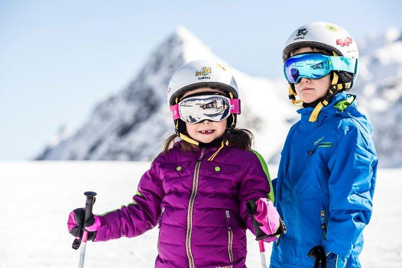 BIG Family czyli rodzinne narty na lodowcu Stubai - © Christoph Schoech