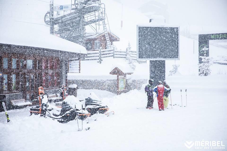 Meribel wakes up to 40cm of snow this morning (Dec. 10, 2018) - © Méribel Coeur des 3 Vallées/Facebook