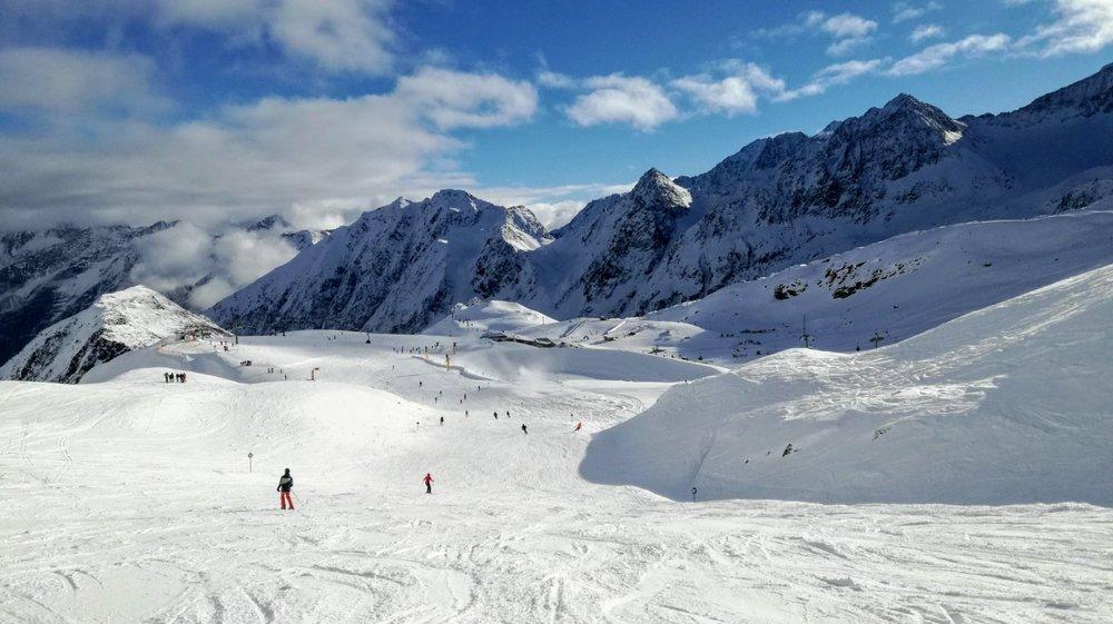 Idealna pogoda na lodowcu Stubai - 1.12.2018 - © Tomasz Wojciechowski