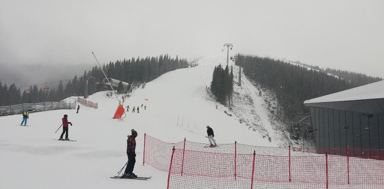 Zasnežená lyžovačka na Chopku 23.12.2018 - © TMR, a.s.