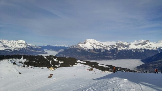 Megeve - Beautiful sunny day, though snow is hard with ice patches and lots of people.  - © I.