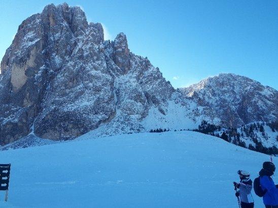Alpe di Siusi / Seiser Alm - Sciliar sempre stupendo collegamento perfetti nonostante vento in quota - © Anonimo