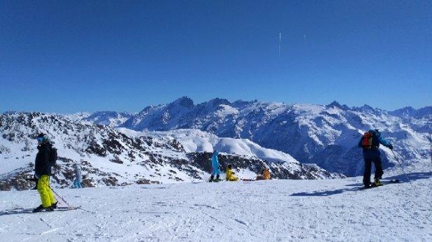 Alpe d'Huez - beau temps - © anonyme