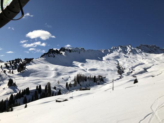 Alpe di Siusi / Seiser Alm - Neve stupenda e ben tenuta posto stupendo da ritornarci l'anno prossimo!! - © Nico