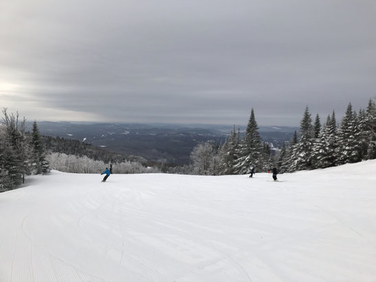Tremblant - Great conditions this morning. First run down Algonquin - © George's iPhone