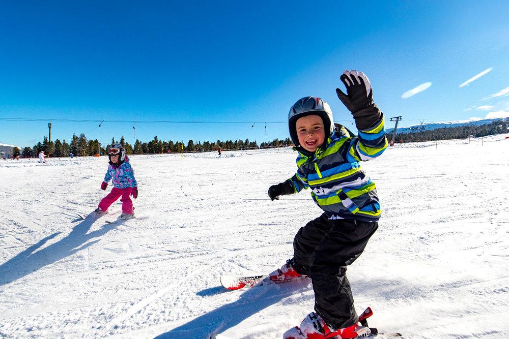 Kinder haben viel Spaß im Skigebiet Kreischberg - © Kreischberg